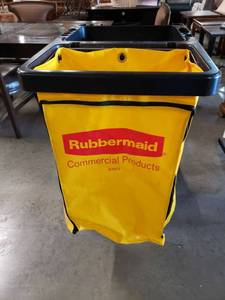 Rubbermaid Commercial Trash Cart