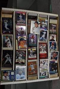 Lot of approximately 4,000 Baseball Cards -Griffey Jr. Rookie Cards, Inserts, Stars - (Mostly Commons)  -WILL SHIP
