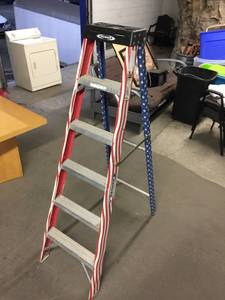 Werner 6' American Flag Ladder