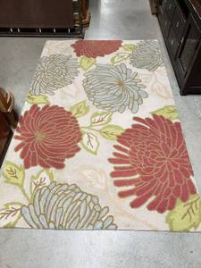 100% Wool Floral Area Rug 5ft x 8ft