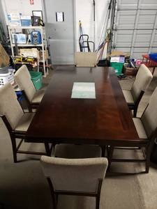Absolutely Gorgeous Wood Pub Height Table with 6 Chairs