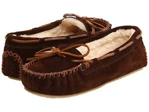 Minnetonka Women's Cally Slipper 7 M US