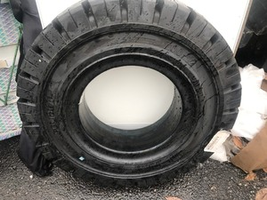 New 7.00-12 solid forklift tire brand new