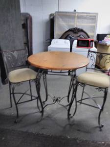 Nice Round Pub Height Table and 2 Chairs