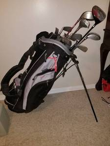 Knight Golf Bag with 13 Clubs
