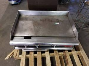APW Wyott Champion Gas Fired Griddle