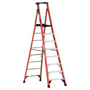 Werner 14 ft. Reach Fiberglass Podium Ladder with 300 lb. Load Capacity Type IA Duty Rating (Comparable to 10 ft. Stepladder)
