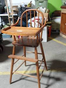 !BEAUTIFUL!  Antique High Chair