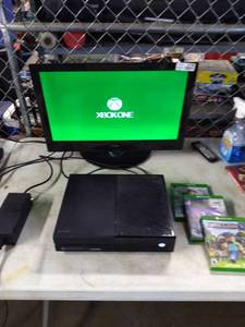 XBOX ONE System with Controller and Games