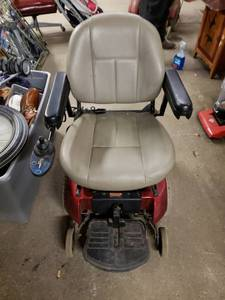 Pride Mobility Jazzy 1113 ATS Power Chair. MSRP $5400.00