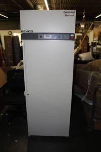 Thermo Scientific Revco UGL-2320A Freezer, 115 V