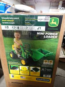 Peg Perego John Deere Ground Loader Ride On, Green in box!
