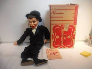 Vintage Ventriloquist doll by Juro celebrity dolls-Charlie McCarthy doll. Amazing !