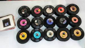 Huge Lot of Vinyl 45s- Over 400!  Filled With MoTown and ???