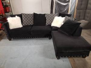 Absolutely Stunning Black Velvet 2 Piece Sectional with Throw Pillows