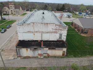 Commercial all brick 2 story building in Eureka, Ks- Cartwright Building!