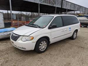 2004 Chrysler Town And Country Mini Van Vin 2C4GP54L05R209246