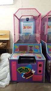Mini Dunks Basketball Shooting Arcade Game