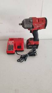 "Milwaukee M18 1/2"" Impact w/battery and charger"