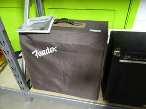 Fender Acoustasonikc Amp w/ Cover