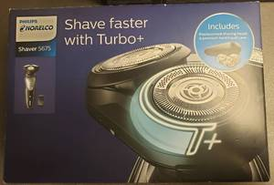 Philips Norelco 5675 Turbo Shaver Plus Opened