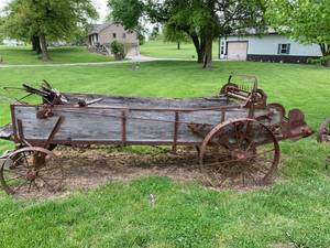 Antique horse drawn manure spreader