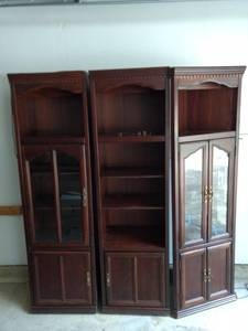 3 piece lighted wall unit