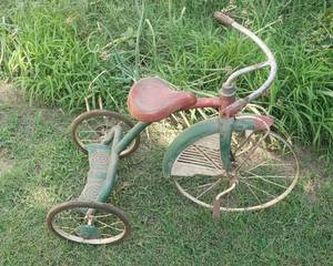 Antique Tricycle ~ Western Flyer