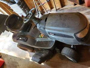 Craftsman Lawn Mower -Needs Maintenced - Please Preview