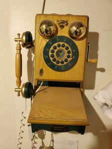 Thomas Collectors Edition Vintage Telephone