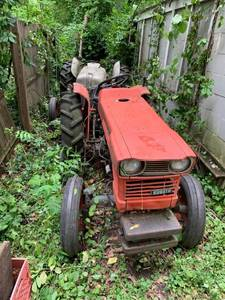 Kubota Tractor L225 - Not Running Parts Only