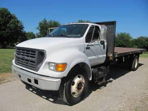 2000 Ford F-650 Super Duty 22' Steel Bed - Cummins Diesel