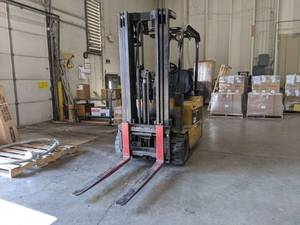 Caterpillar Forklift EP15T 36A Comes With Charger