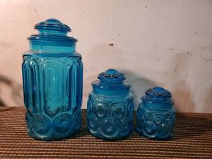Vintage L. E. Smith Moon and Stars Blue Amberina Canister Set Of 3 with lids