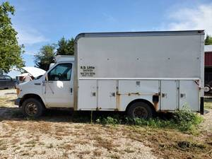 2002 E-350 Ford Commercial Box Truck