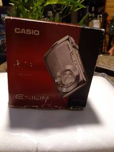 Casio Exilim Ex-s6 Digital Camera Black 12.1 Mega Pixels