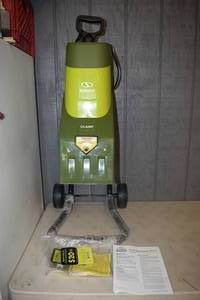 Sunjoe Electric Wood Chipper + Shredder
