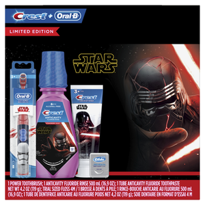 Crest & Oral-B Kids Star Wars Premium Holiday Gift Pack with Power Toothbrush, 4.2 Oz Toothpaste, 16.9 Fl Oz Mouthwash and Floss