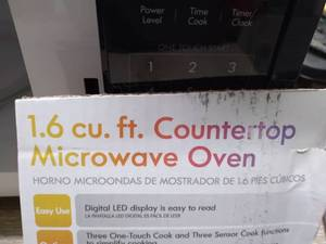 Kenmore 1.6 cuft Microwave oven - tested - works