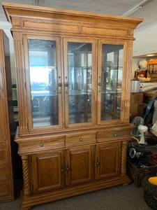 NEW Solid Oak Buffet & China Hutch