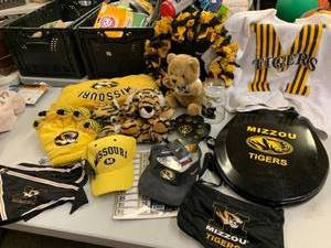 MIZZOU Fan Super Lot including Toilet Seat, Clock, Vintage Sweatshirt and MUCH MORE!