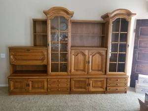 German Solid Oak Wood Cabinetry Shrunk NOTE:Alternate Pickup Location KC North