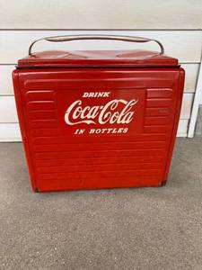 Antique 50s Metal Coca-Cola Cooler/Ice Chest Location Kitchen