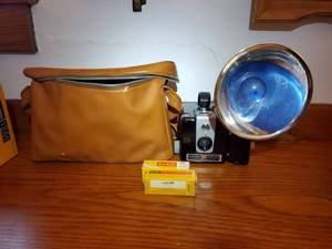 KODAK BROWNIE HAWKEYE Camera Flash Model. Very Clean. in Brown Bag