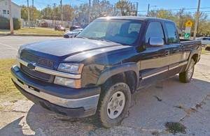 2004 CHEVY TRUCK SILVERADO 1500 - 4WD RUNS/DRIVES, CLEAR KS TITLE - SEE VIDEOS!