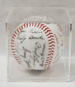 Collectible Baseball in a Plastic Box Display, with Collectible Signatures, Reggie Jackson, Rick Gossage,Jim Palmer, and More.....