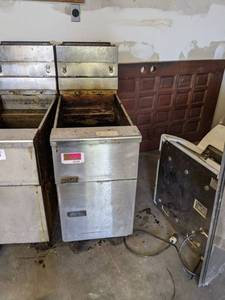 (2) Pitco Gas Frialator Fryer On Casters