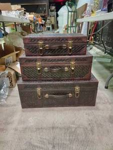 Set of 3 Woven Rattan Valise- Style Chests