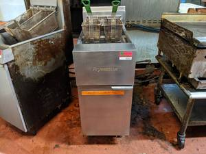 Frymaster Gas Fryer, Buyer Responsible For Removal
