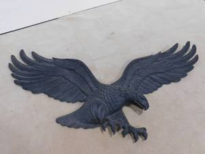 Whitehall 29 in hanging cast iron eagle